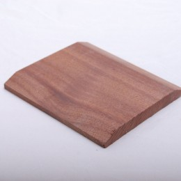 19X150 Chamfered Threshold Red Hardwood (14X140)